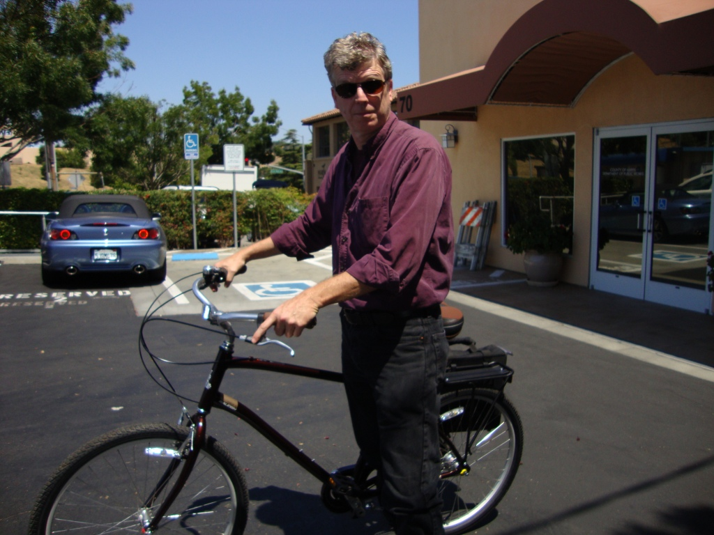 Bruce Richards on his new Raleigh Circa i3 bicycle.